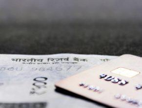 Различия между дебетовыми и кредитными картами